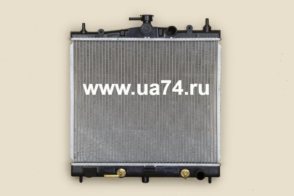 Радиатор пластинчатый Nissan March K12 / Note / Cube 02-09 (NS0001-K12 / SAT)