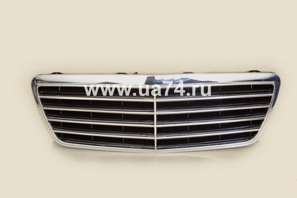 Решетка радиатора MERCEDES W210 98-02 (ST-MD56-093-C0 / SAT)